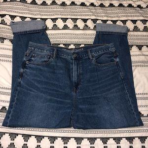 High waisted boyfriend cut AE jeans